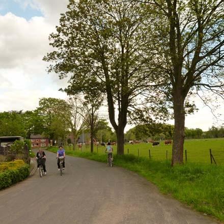 Flachshof Nettetal - Entlang der deutsch-niederlaendischen Grenze auf Radrouten die Natur erleben