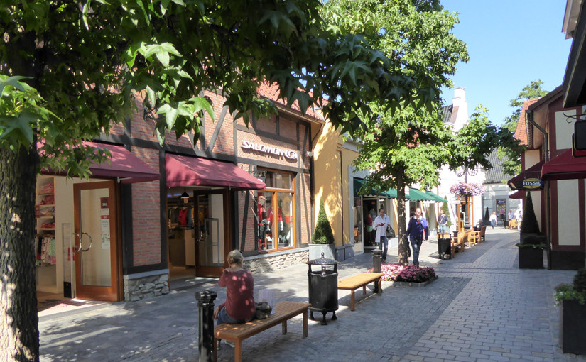 Grenzenlos shopping im Designer Outlet Roermond Niederlande
