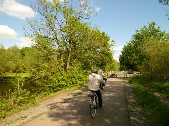 Radeln NRW Niederrhein BahnRadweg Kreis Viersen Alleenradweg